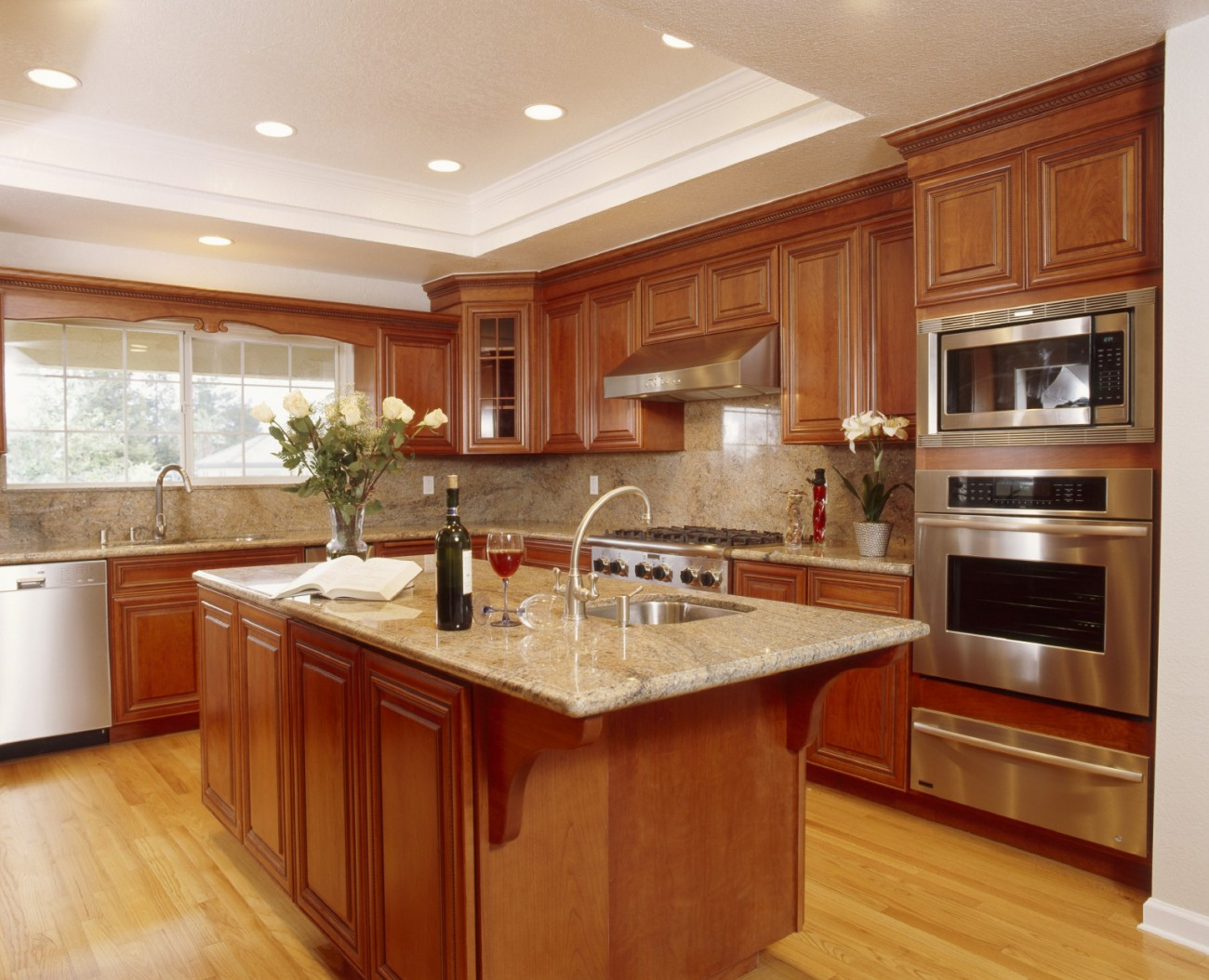 Beautiful kitchen for Kitchen remodel designs pictures